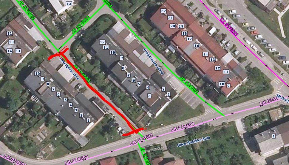 Polovična zapora Reboljeve ulice v Trzinu
