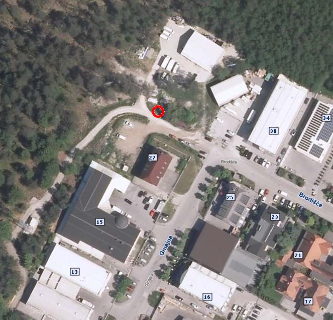 Tridnevna delna zapora hodnika za pešce na ulici Brodišče OIC Trzin