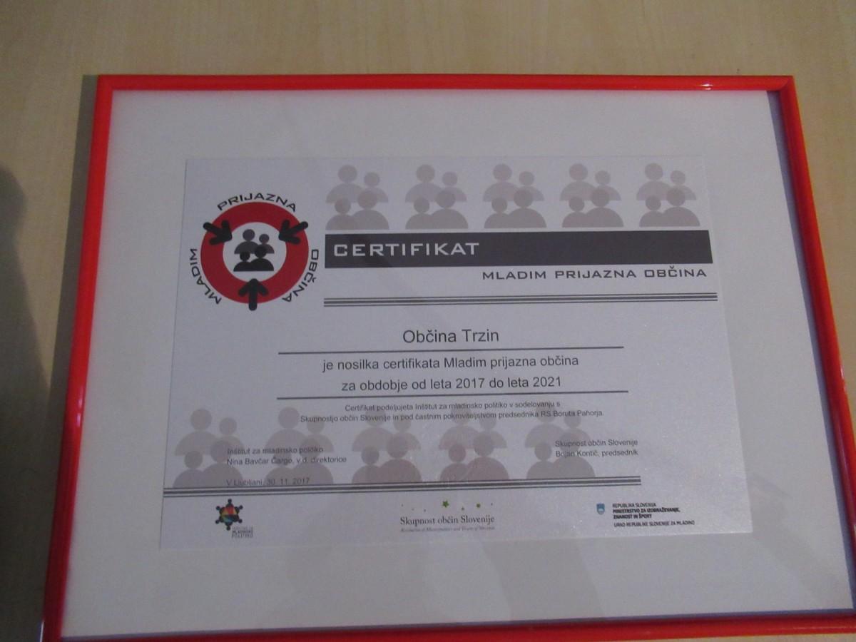 Občina Trzin je prejemnica certifikata Mladim prijazna občina